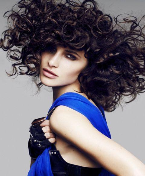 Nuove acconciature capelli raccolti