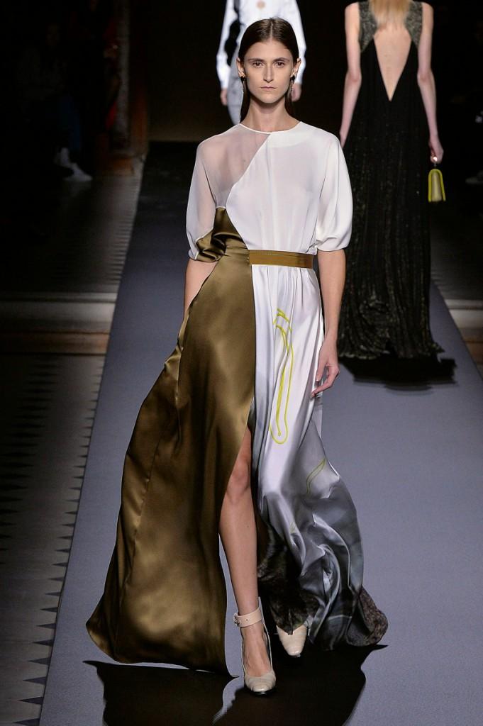 I 73 migliori look dell 39 autunno inverno 2016 di parigi for Liceo di moda milano