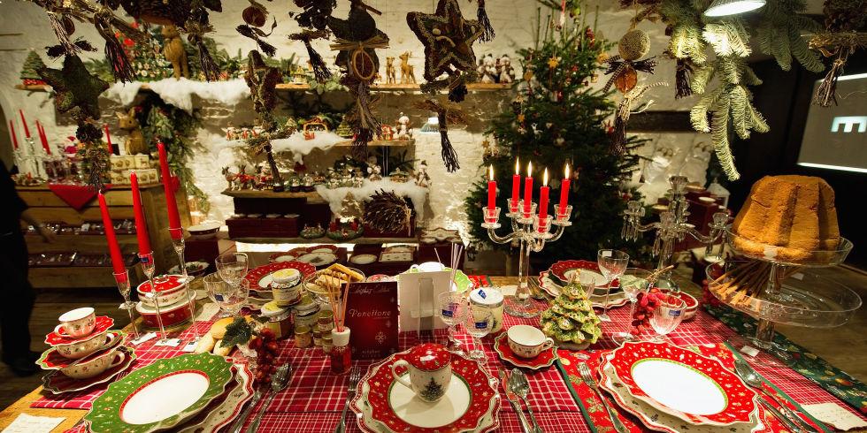 Popolare 10 consigli per apparecchiare la tavola a Natale DC61