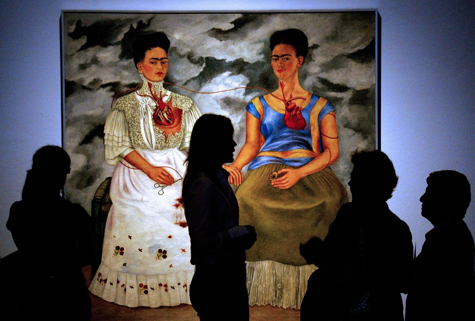 mostra palazzo albergati frida kahlo