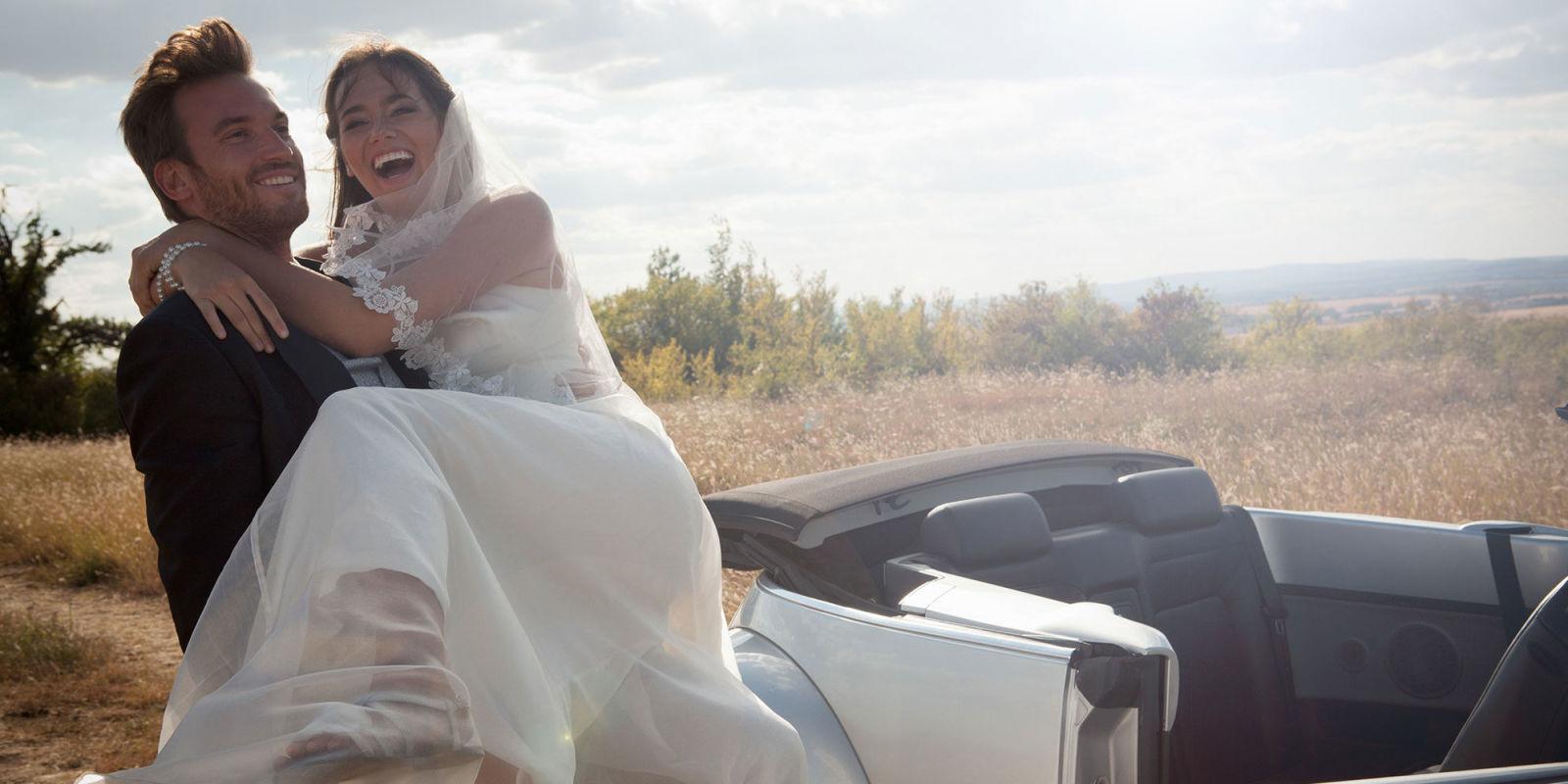 Popolare Matrimonio, 10 auguri divertenti con frasi allegre e simpatiche FJ64