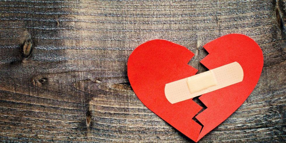 Molto Amore non corrisposto: frasi e aforismi che aiutano a dimenticare AG45
