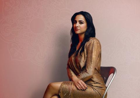 Amani El Nasif, la sposa ribelle di Aleppo: libertà è anche indossare un rossetto