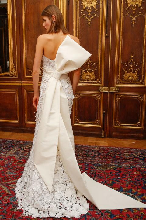 Très 10 abiti da sposa originali se sei una fuori dagli schemi HL98